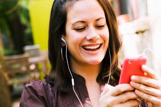 การดูหูฟัง iPhone แท้